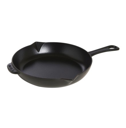 Frying pan with cast-iron hand
